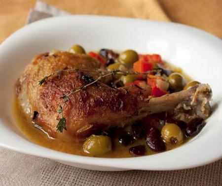Рецепт курицы с овощами и оливками