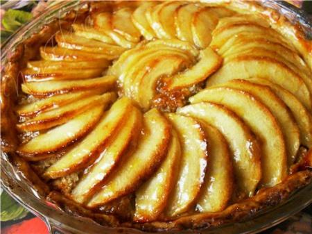 Рецепт пирога сельского с орехами и яблоками