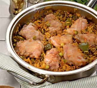 Рецепт куриных бёдрышек с шафрановым рисом