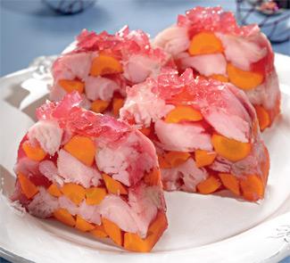 Рецепт заливного из белой рыбы в свекольном желе