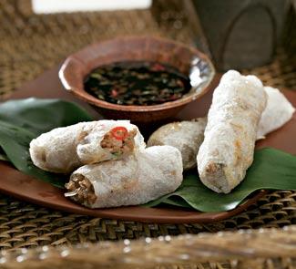 Рецепт рисовых роллов с креветками и свининой