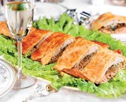 Рецепт слоеного пирога из двух сортов рыбы