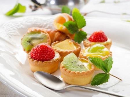 Кексы с фруктами и фунтовый кекс