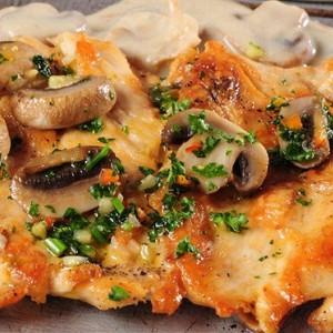 куриное филе с шампиньонами и сыром
