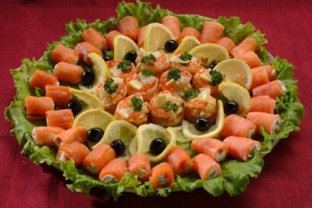 рецепты и приготовление праздничных салатов с фото