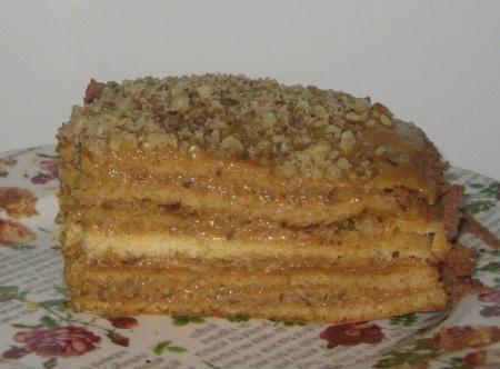 Медовик - рецепт со сгущенкой. Рецепт медового торта со сгущенкой