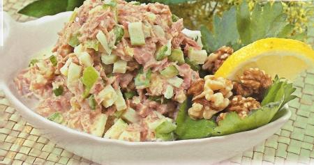 Рецепт салата с тунцом консервированным с фото. Вкусный салат из консервированного тунца