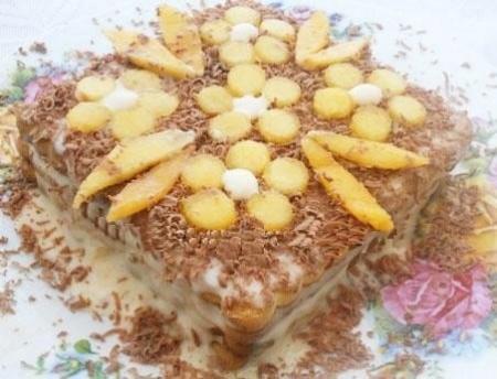 Рецепты тортов в домашних условиях. Приготовление тортов из печенья с кремом и бананами