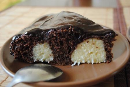 Быстрый, вкусный пирог к чаю. Рецепт с фото шоколадного пирога с творожными шариками