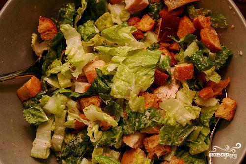 цезарь салат рецепт классический с сухариками видео
