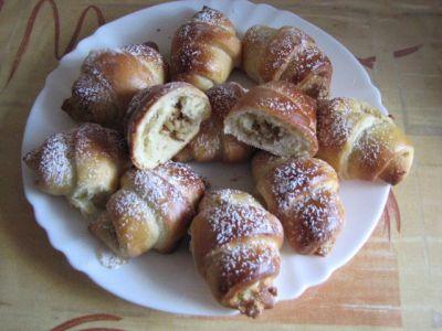 Рогалики с орешками рецепт