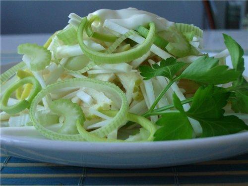 Салат из сельдерея для